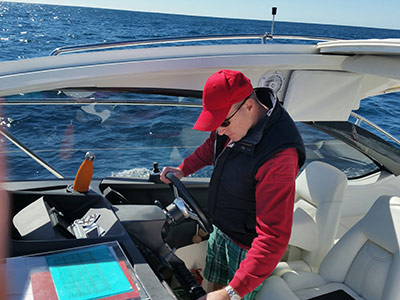 Gary synchronising his navigation plan to the Simrad GPS plotter